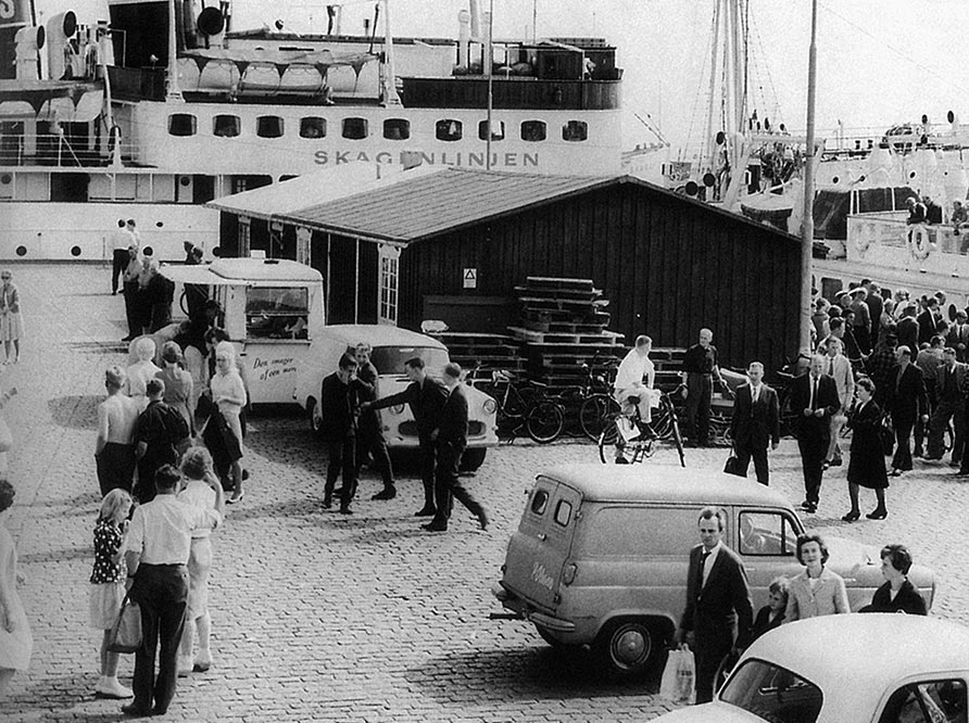 Historic black and white picture from harbour